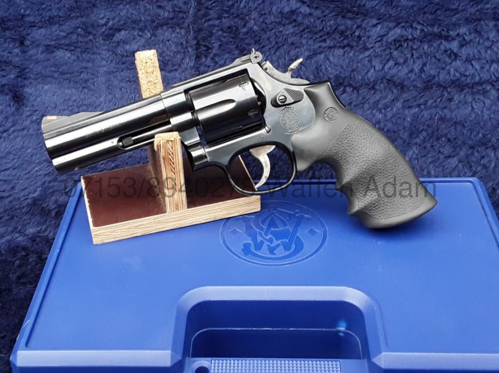 "Smith & Wesson 4"" MODELL 586"