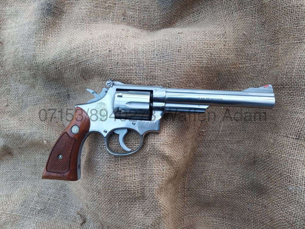 Smith & Wesson  6 Zoll Modell 66