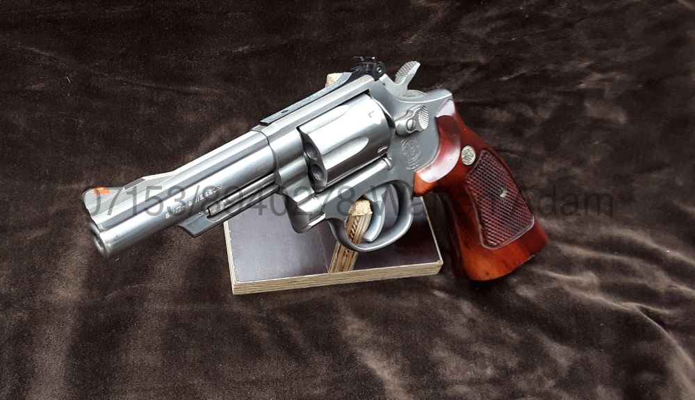 Smith & Wesson M66-2 4Zoll