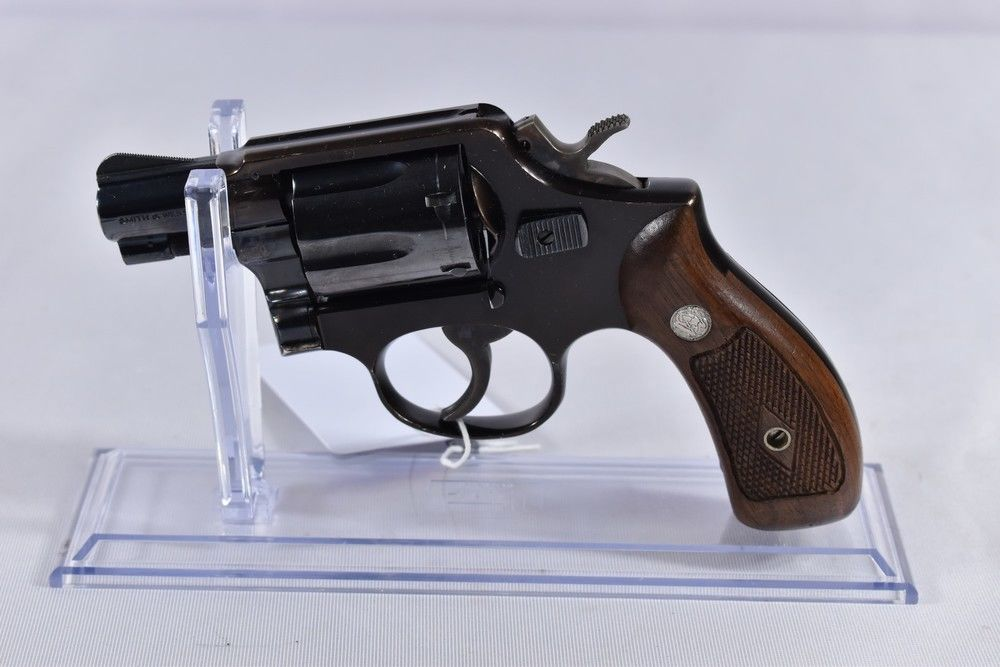 Smith & Wesson 12