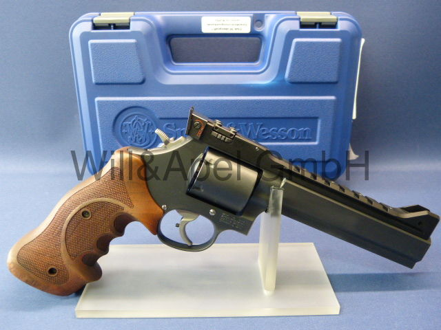 Smith & Wesson 686-6 / Club 30 Custom