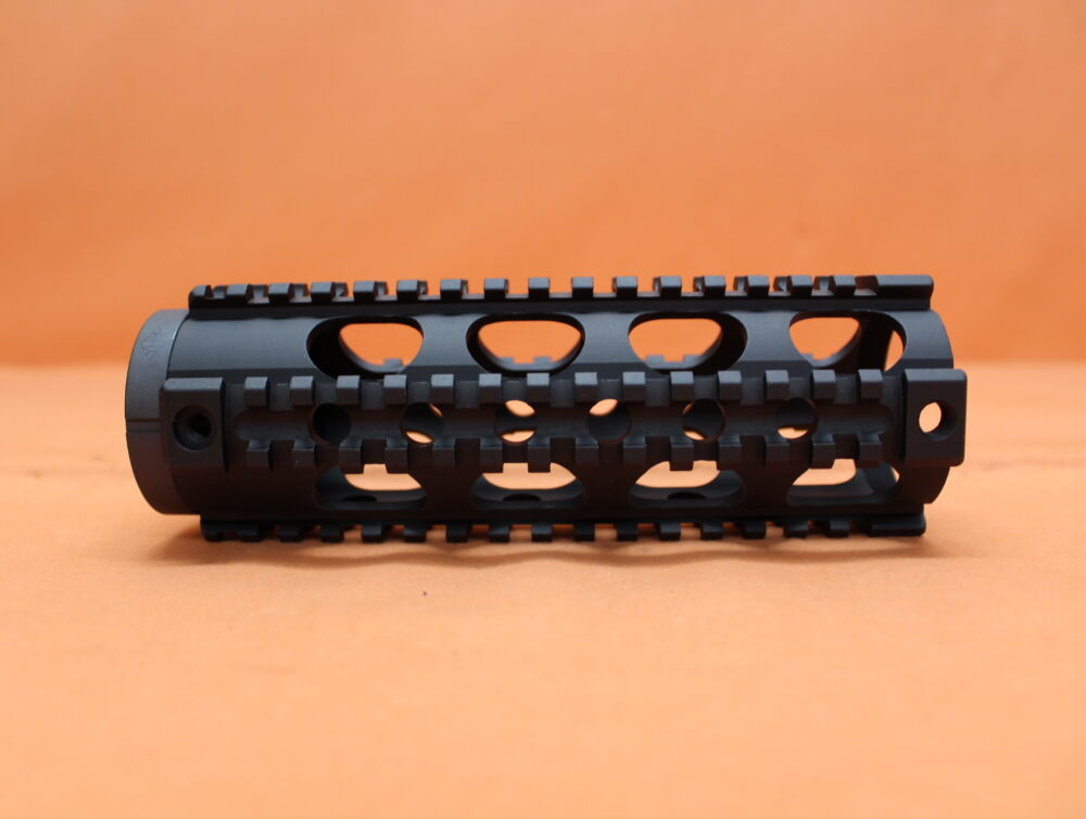 "YHM - Yankee Hill Machine AR-15: Handguard/ 4-Rail-System YHM (YHM-9631) Free Float Tube 7,2"" Carbine Length Handschutz Alu"