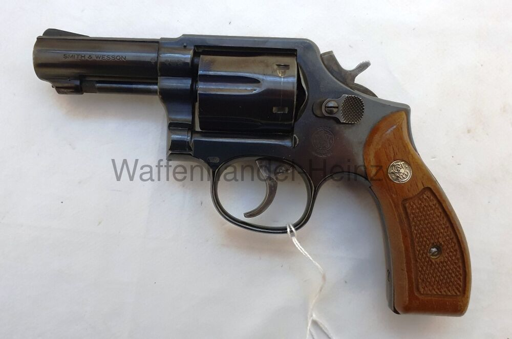 Smith & Wesson 547