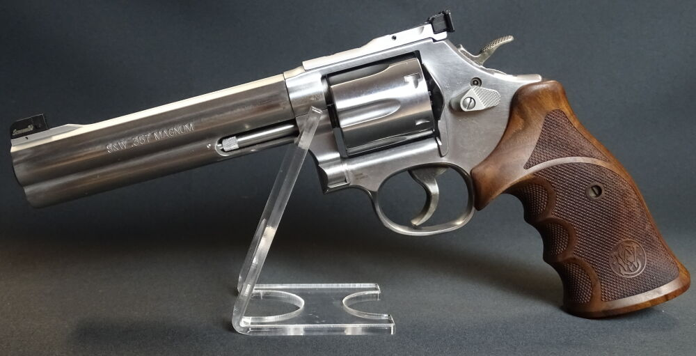 Smith and Wesson Mod 686 Deluxe
