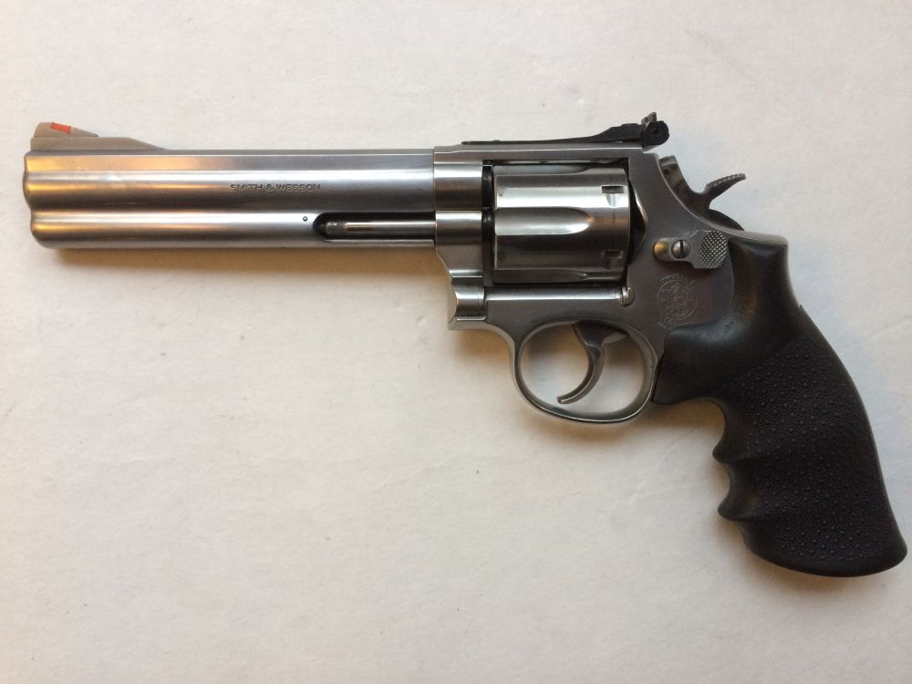 Smith and Wesson 686-4