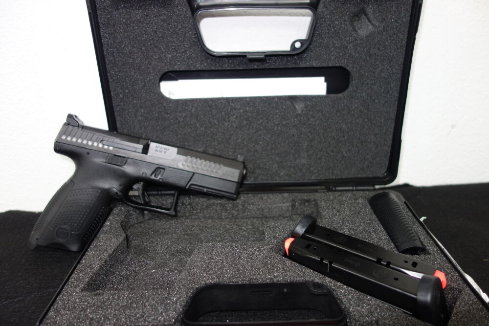 CZ P-10 C Optics Ready, 9 mm Luger CZ P-10 C Optics Ready, 9 mm Luger