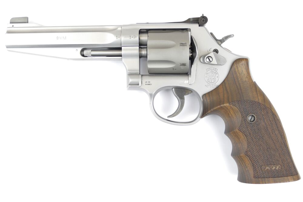 Smith & Wesson Mod. 986 9x19