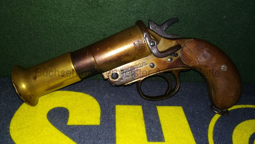 Webley and Scott Signalpistole MK3