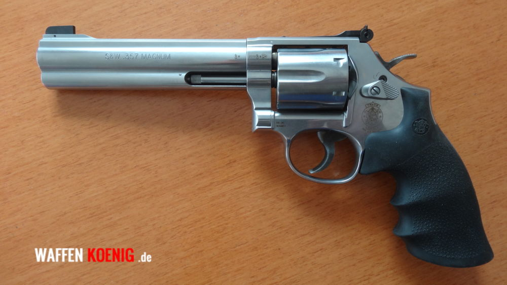 Smith & Wesson 686 Standard