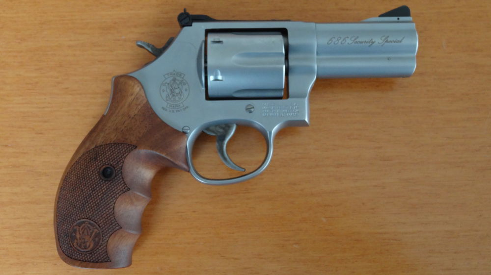 "Smith & Wesson S&W REVOLVER: 686 .357 MAGNUM SECURITY SPECIAL 3"" LAUF"