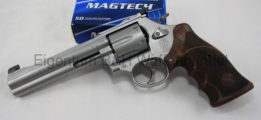 Smith & Wesson 686 Target Champion Match Master