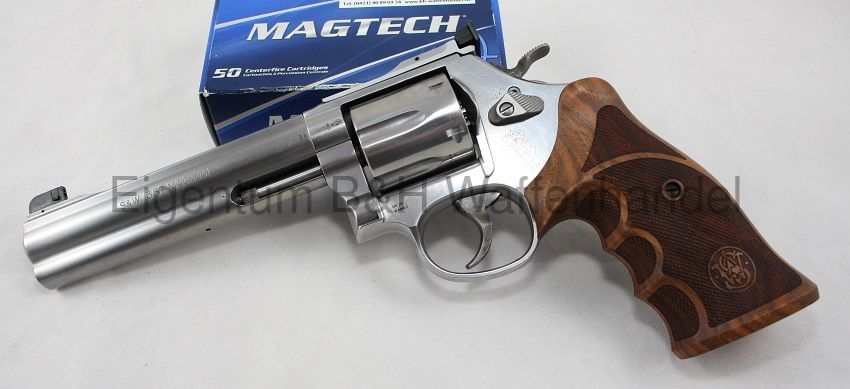 Smith & Wesson 686 Target Champion Match Master Deluxe