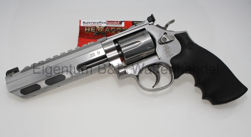 Smith & Wesson 617 Universal Champion