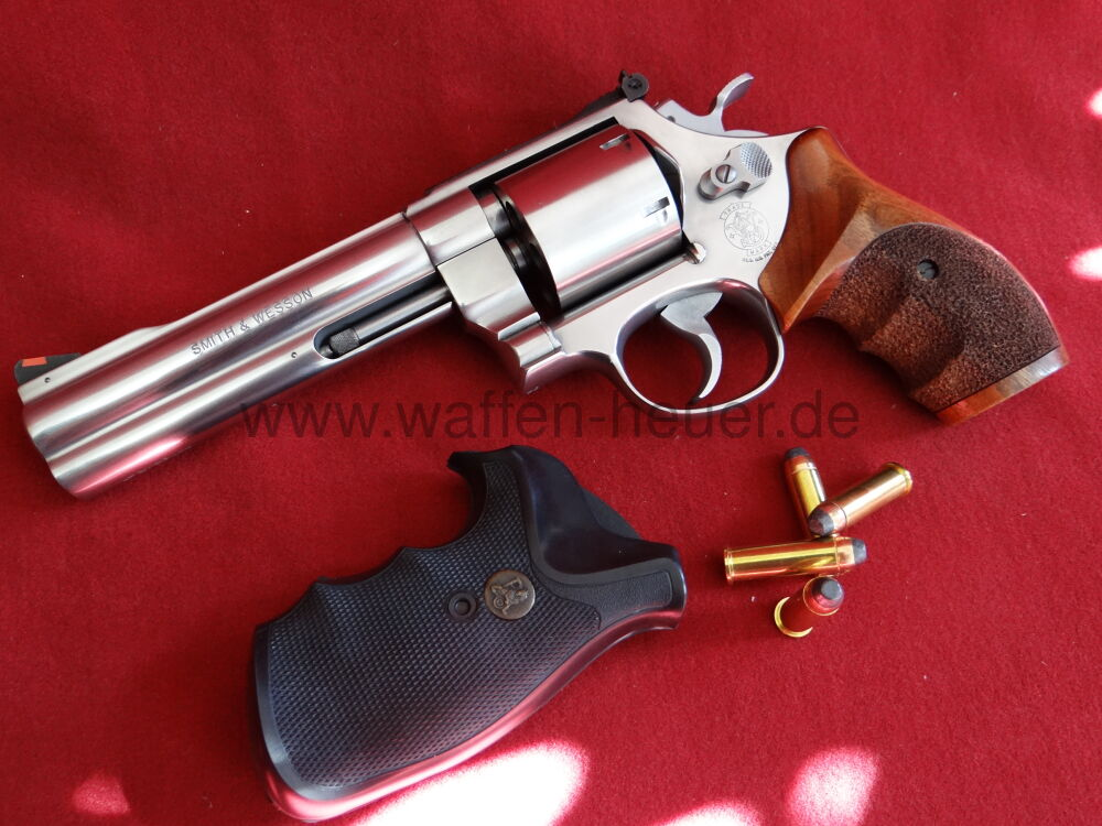 Smith & Wesson 627-0 Target Champion